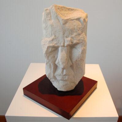 Stone Height: 35 cm £575